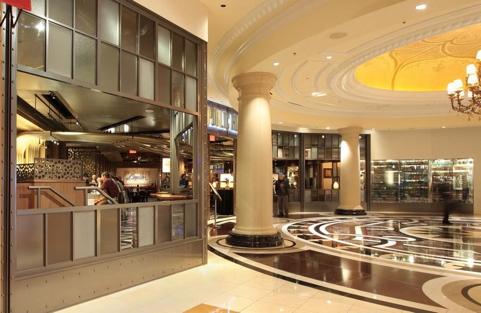 Public House Restaurant In Las Vegas Industrial Dining