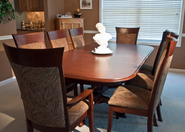 Queen Anne Double Pedestal Table Traditional Dining Room Chicago By P