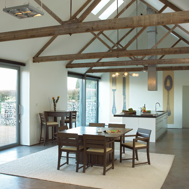 Quercus Solid Oak Dining contemporary-dining-room