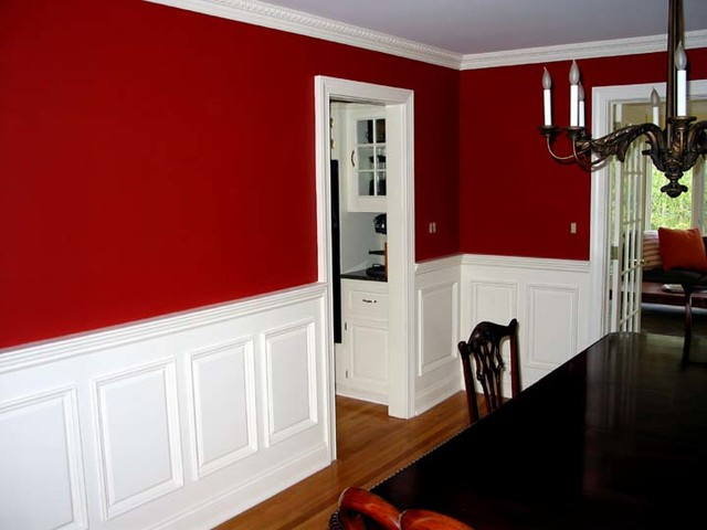 Raised Panel Wainscoting Traditional Dining Room