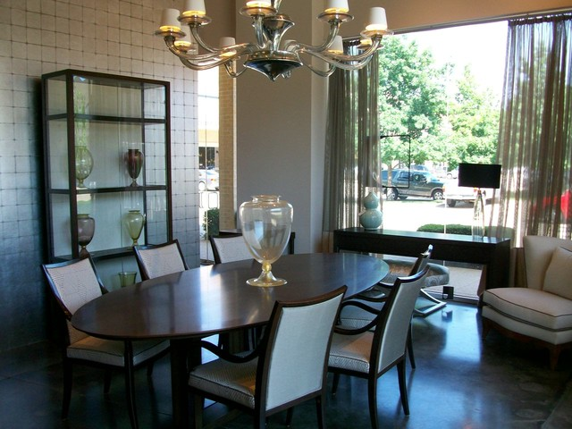 Raleigh Dining Table Gallery Traditional Room