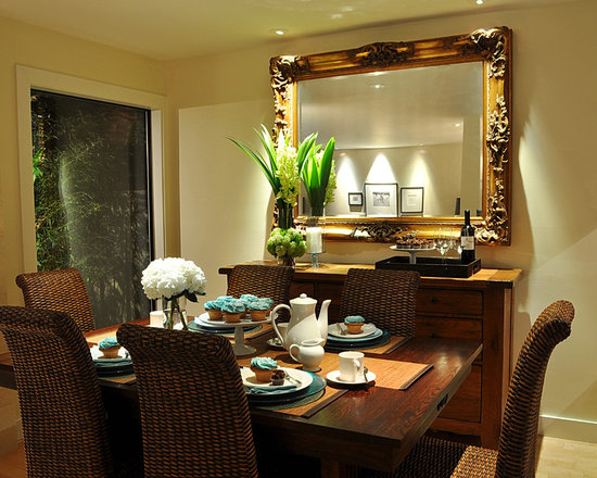Dining room mirrors home design ideas pictures remodel and decor for How to decorate living room table