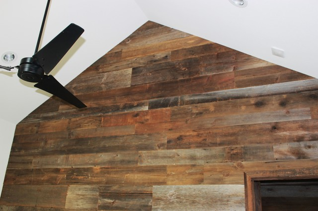 Reclaimed barn wood walls contemporary dining room for Wood wall dining room