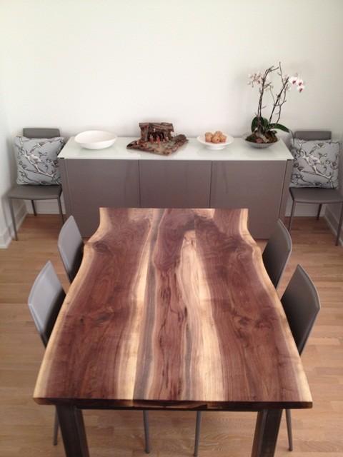Reclaimed Black Walnut Live Edge Dining Table Modernizm Stolovaya