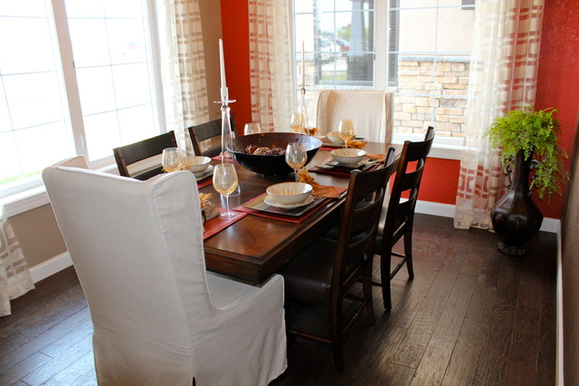 Red Door Homes traditional-dining-room