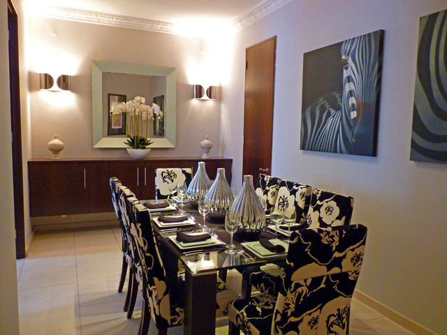 Residence in western knightsbridge transitional dining for Western dining room ideas
