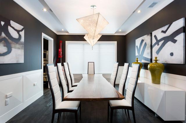 Reunion Resort 3000 contemporary-dining-room