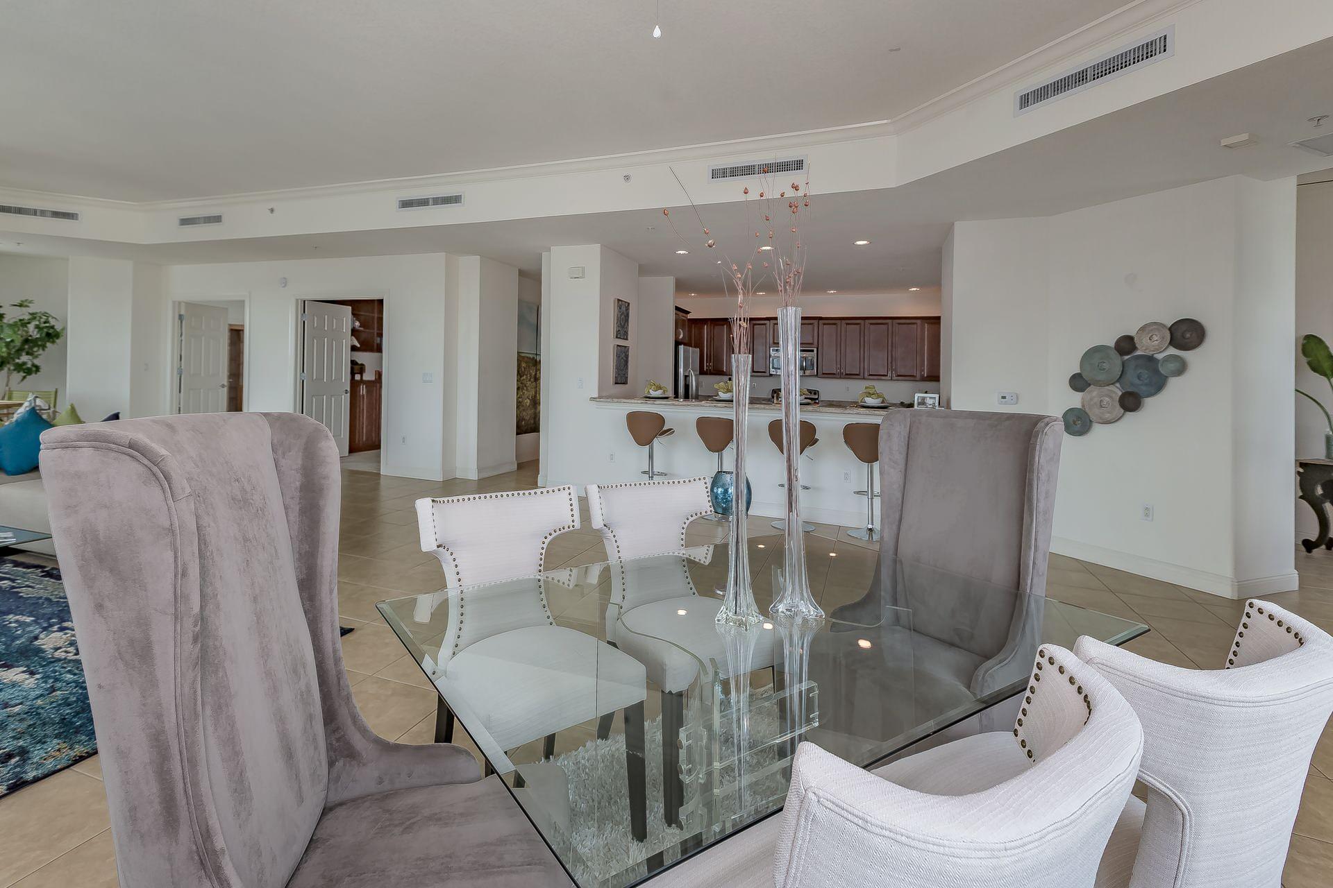 RIVO Modern Penthouse