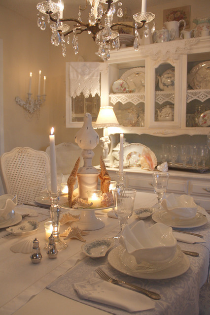 Romantic Cottage eclectic-dining-room