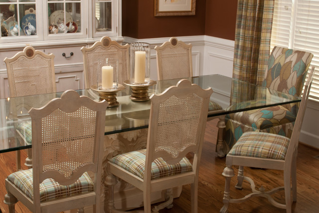 Roswell Home traditional-dining-room