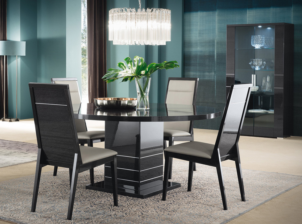 Round Dining Table Versilia By Alf Mig Furniture Nyc Modern Dining Room New York By Mig Furniture Design Inc