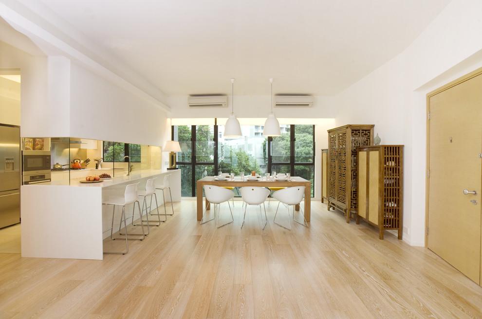 Trendy beige floor kitchen/dining room combo photo in Hong Kong