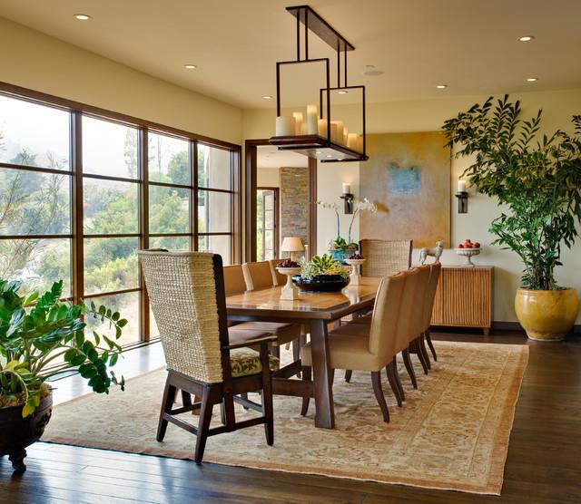 Rustic brentwood hillside modern for Esszimmer rustikal