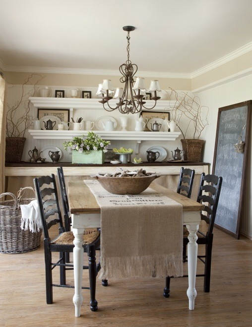 Rustic Cottage Style Dining Room