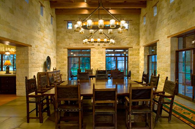 Rustic hacienda style texas ranch american southwest - Ranch americain poet interiors houston ...
