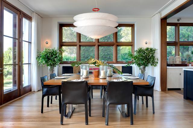 Sag Harbor, NY beach-style-dining-room