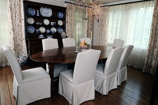 San Marino traditional-dining-room