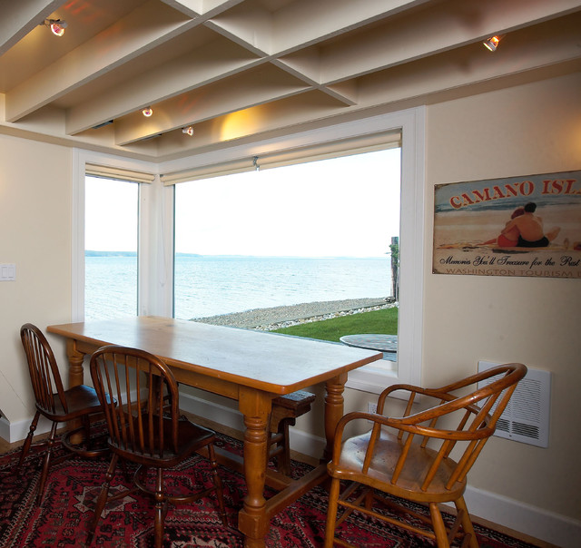Dining area with views toward Saratoga Passage. traditional-dining-room