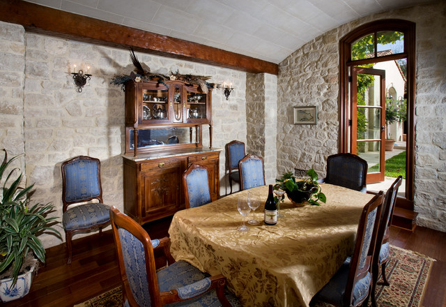 Shady Canyon traditional-dining-room