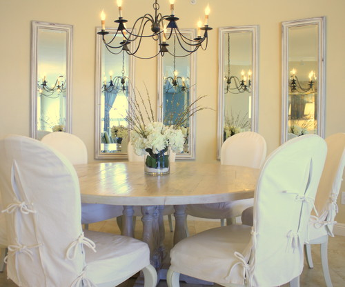 This Dining Room Has A Curved Wall Instead Of Placing Regular Rectangular Mirror On The Several Tall Mirrors Are Placed In Equal Distance To