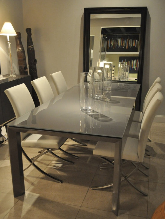 "Showroom Pieces - Taupe Glass Extendible (71-95"") Dining Table"