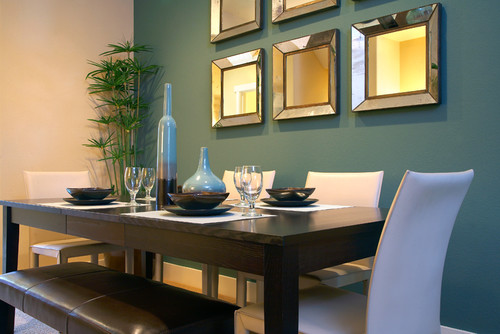 Modern Dining Room With Wall Mirrors