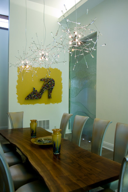 Sisters in Sync contemporary-dining-room