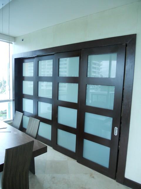 Sliding Doors Contemporary Dining Room