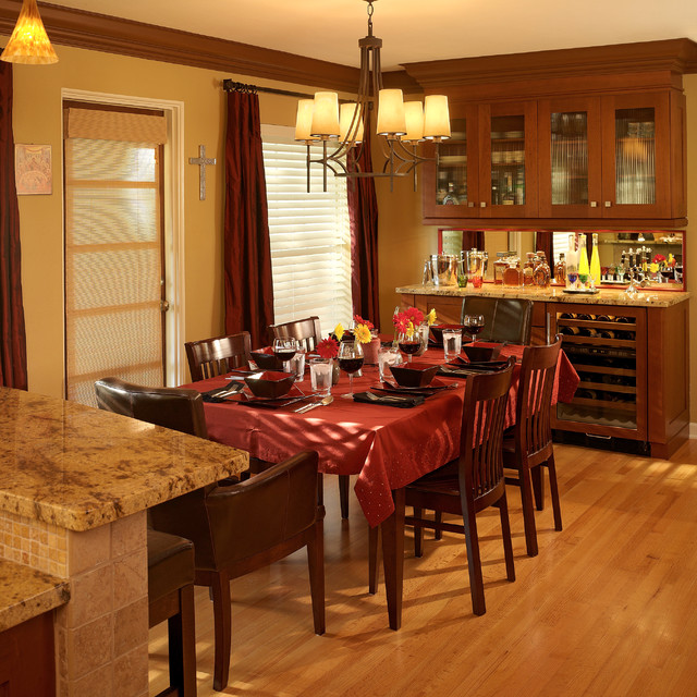 Small scale luxury renovation traditional dining room for Small luxury dining room