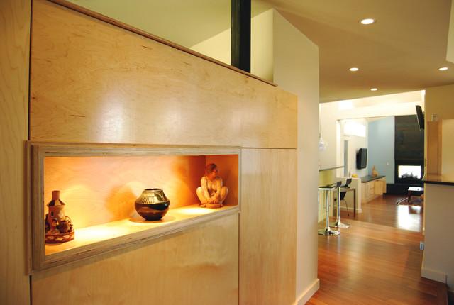 SoRo modern-dining-room