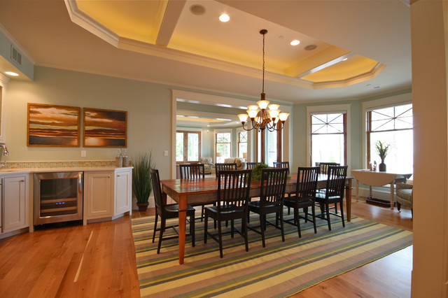 South Haven Retreat beach-style-dining-room