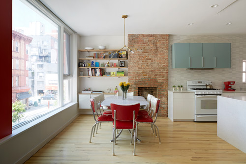 colors that go with brick interior