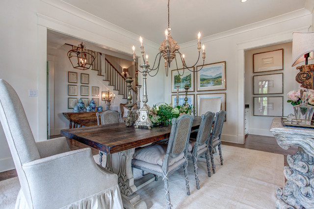 Southern living idea house for Southern dining room
