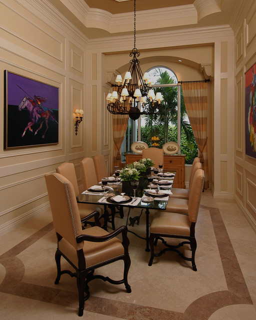 Transitional Dining Room: Southern Style