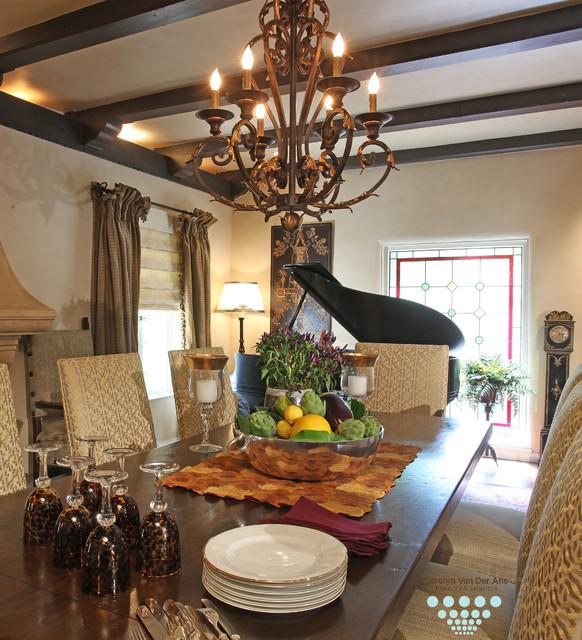 Spanish Traditional mediterranean-dining-room