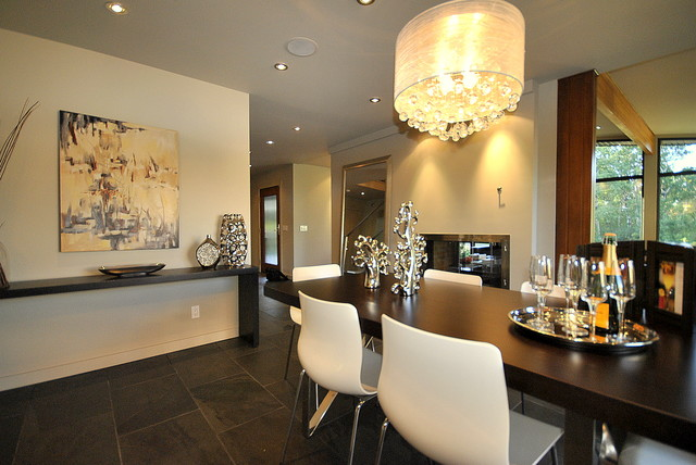 Spectacular Dining Space In Open Concept Fully Renovated 2