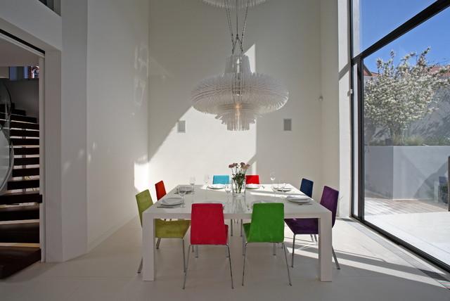 sporadicSPACE contemporary-dining-room