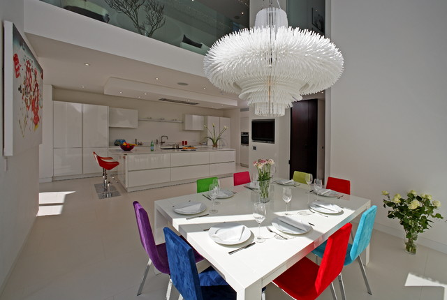 sporadicSPACE contemporary dining room