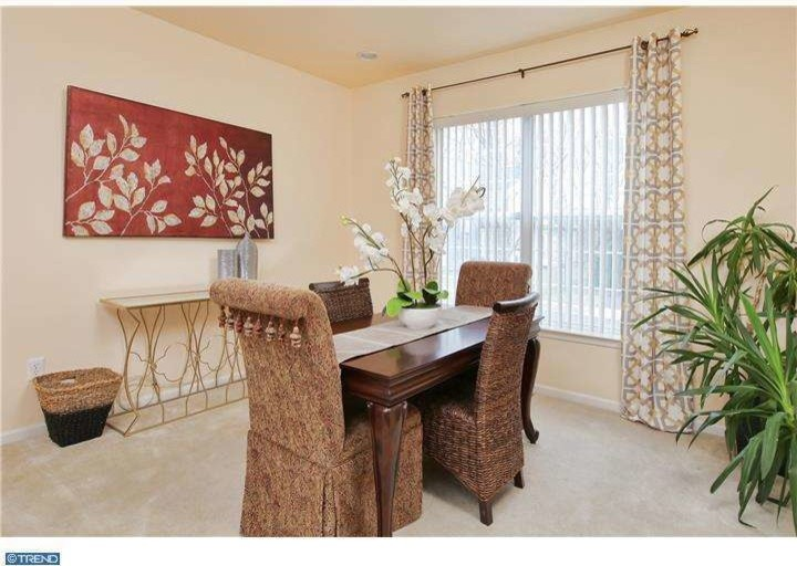 Staging - Dining Room (Bordentown)