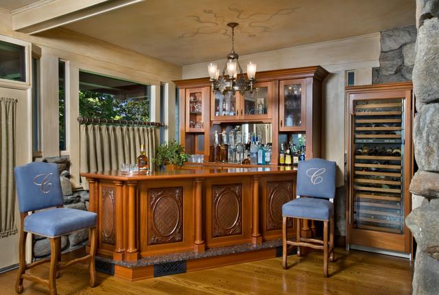 Bar in dining room
