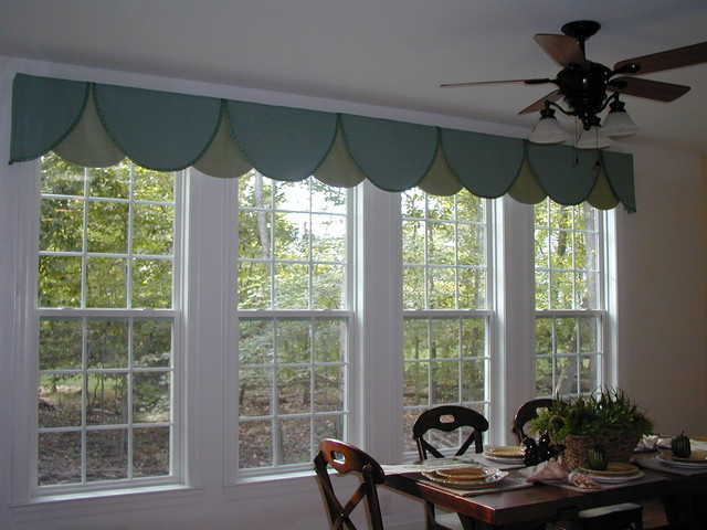 Stone Harbor Model traditional-dining-room