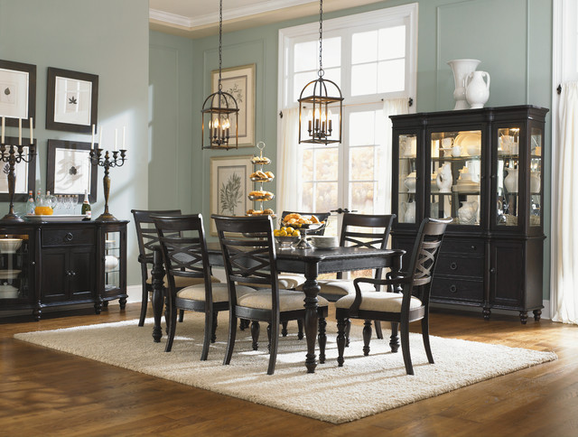strong color traditional-dining-room