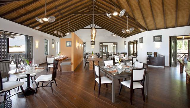 Sugar Ridge 2 tropical-dining-room