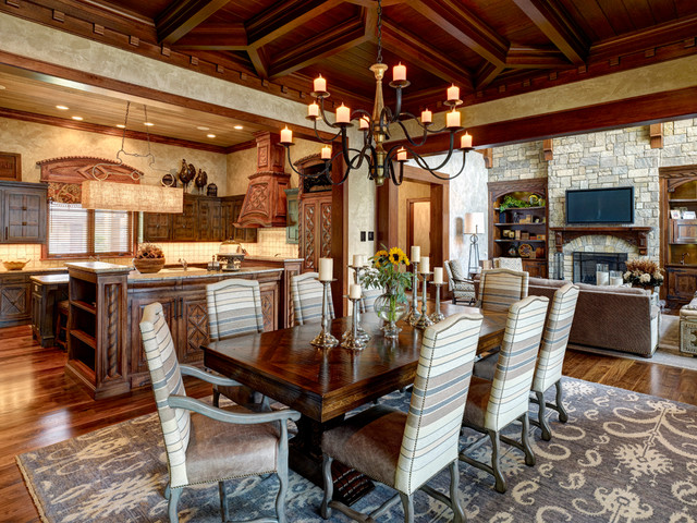 Summer Home traditional-dining-room