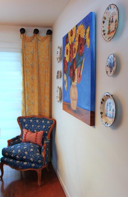 Sunny Vista Lane dining-room