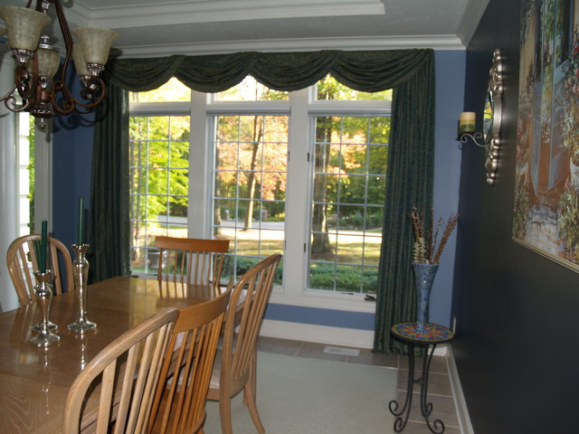 Swags And Cascades Traditional Dining Room Cleveland By Well Dressed Windows Inc