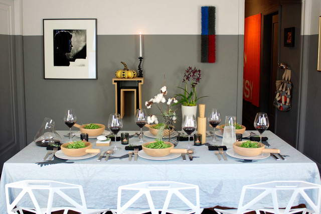 Tablescapes thanksgiving table setting 2012 modern for Dining room tablescapes ideas