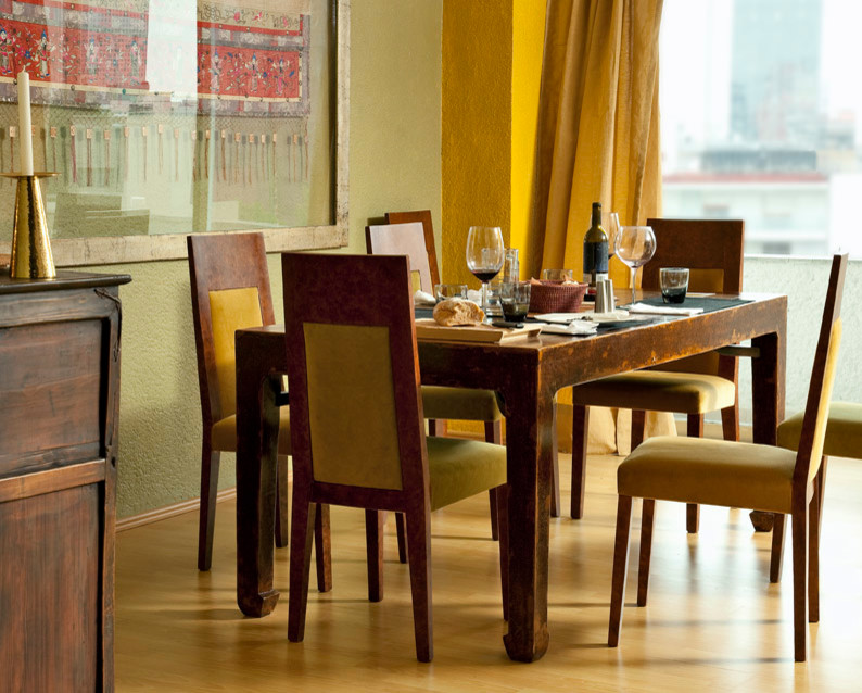 Dining room - traditional dining room idea in Mexico City