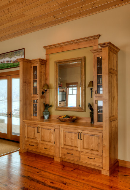 Built In Dining Room Hutch. Farmhouse Dining Room