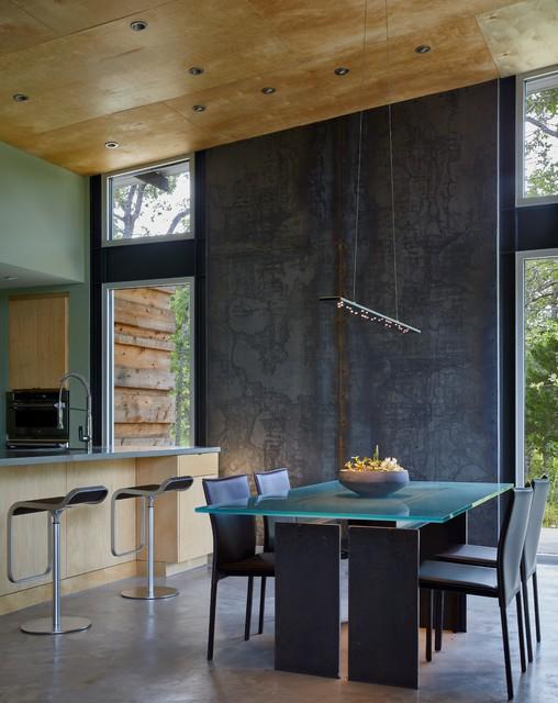 Texas Lake Retreat House contemporary-dining-room